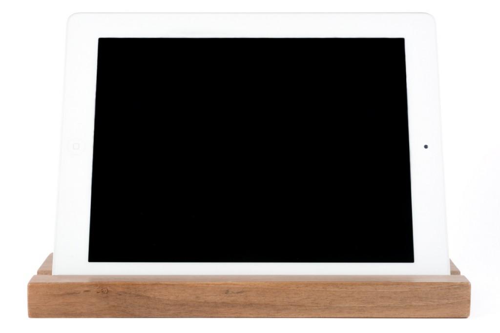 soporte-tablet-de-madera-de-nogal