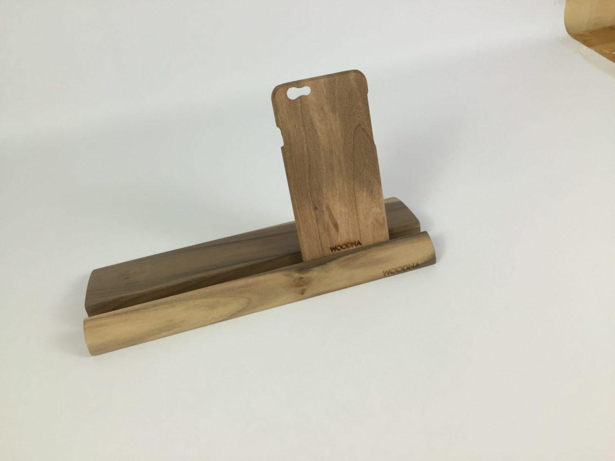 Soporte curvo madera de Nogal de plantaciones