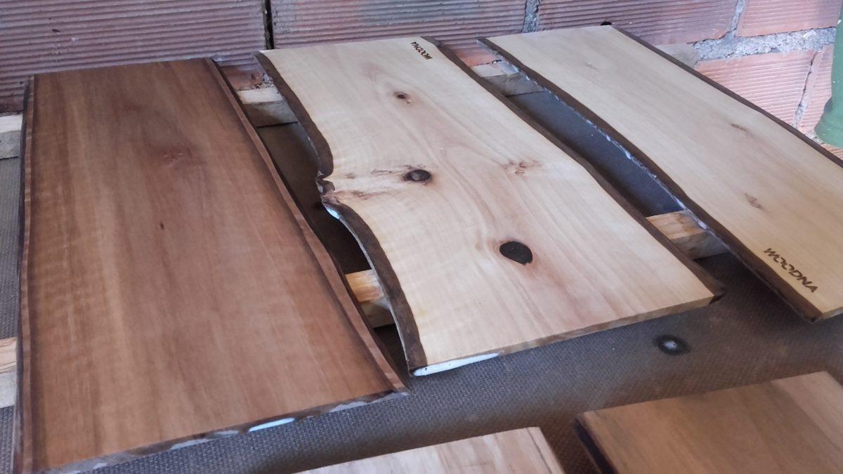 Plato rectangular de nogal Woodna: Maderas Naturales