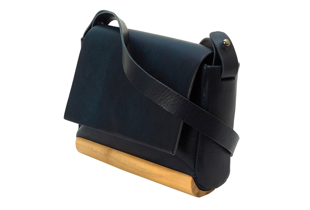 Bolso Nogal Mini Woodna by Ulises Merida productos de madera