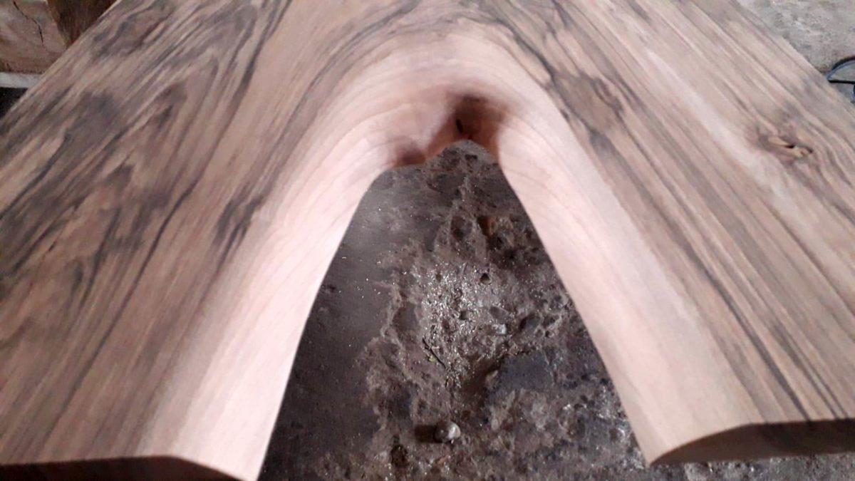 Tablones canto natural nogal Woodna: Maderas Naturales