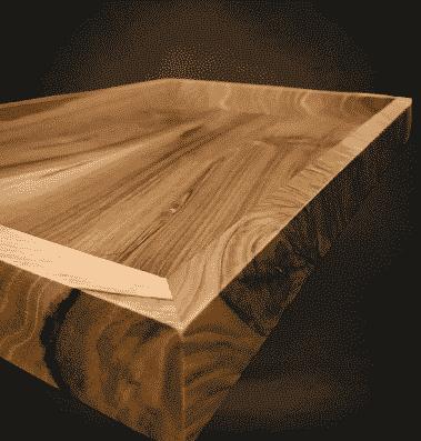 bandeja de madera en bruto